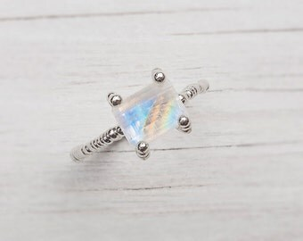 14K White Gold Ring, Moonstone Jewel