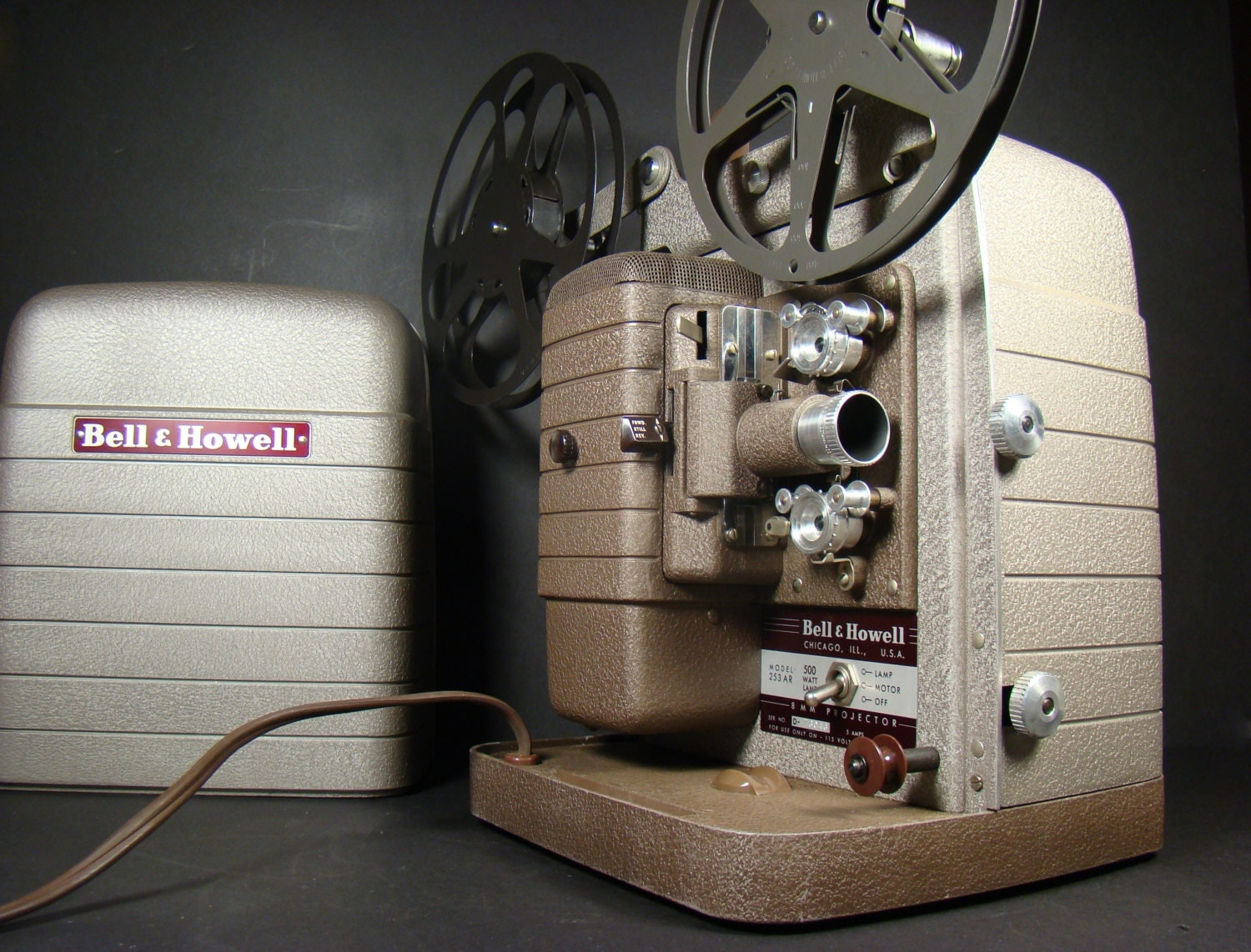 Vintage 8mm Movie Projector Bell Amp Howell Model 253 Ar