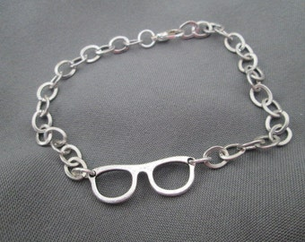 Eyeglass Bracelet - Rhodium Plated