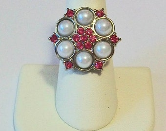 Unusual Cluster White Pearls and Hot Pink Rhinestones Fashion Ring Adjustable Band