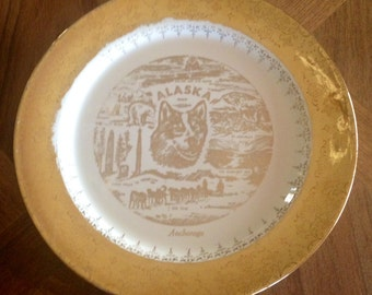 "Vintage collectors plate ""Alaska""  Gold And White"