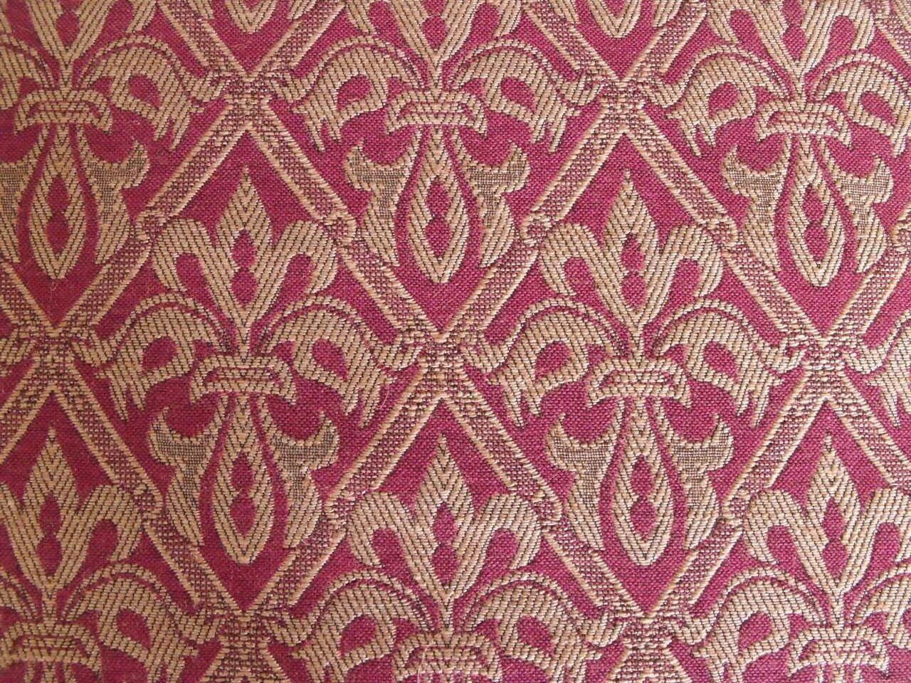 Tissu d 39 ameublement rouge ou bleu lee jofa anglais fleur - Tissus d ameublement anglais ...