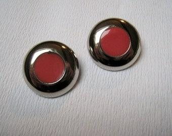 1970s metal clips