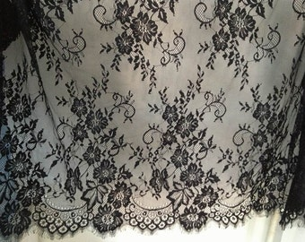 Vintage Black Chantilly Lace Trim, Scalloped Florals Lace Fabric for Wedding Table Runner, Veils, Shawl, Head Scarf, Garments
