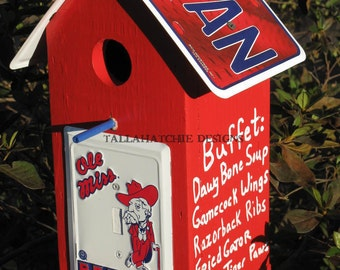 Ole Miss Rebel S Roost Wood Birdhouse Hotty Toddy