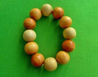 Vintage Wooden Bead Stretch Bracelet (Item 1232)