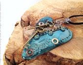 Polymer Clay Steampunk Herz Anhänger auf Ihre Wahl der Kette oder Schnur von Felicianation Creations