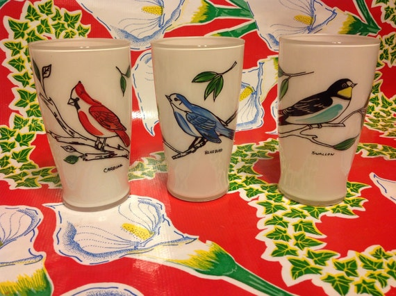Vintage frosted drinking glasses with hand painted birds for Hand painted drinking glasses