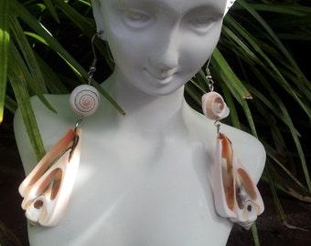 Handmade shell earrings #00E1