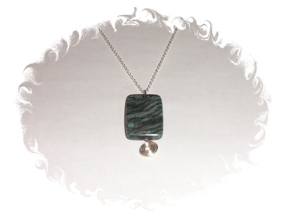 Green Laguna Agate Wire Wrapped 925 Sterling Silver Necklace