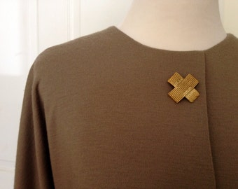 Simple 90s Dolman-Sleeve Knit Tunic Dress