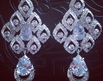 SALE/Luxury cz wedding/bridal/prom/evening crystal earrings
