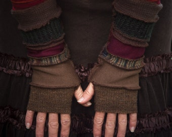 Custom made, personalised armwarmers/ pixie gloves/ sleeves/ fingerless gloves