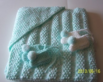 HAND KNIT HOODED  Baby Blanket plus 2 pairs of booties
