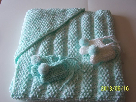 Knitting Pattern Baby Hooded Blanket : HAND KNIT HOODED Baby Blanket plus 2 pairs of booties
