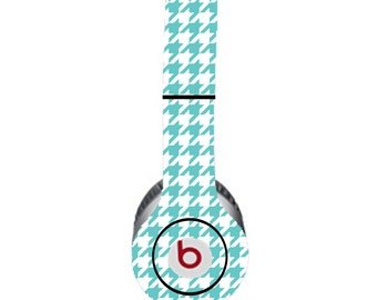 Houndstooth Turquoise and White Beats by Dre Solo Skin  (**NOT HEADPHONES**)