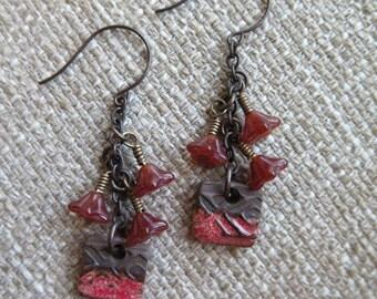 red earrings, brown  earrings, red and brown earrings, casual earrings, unique earrings, floral earrings, casual earrings, boho earrings