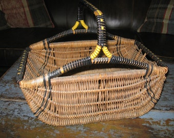 Primitive Gathering Basket, Country Farmhouse Decor