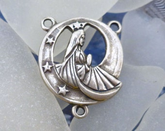 Circular Center for Rosaries Mary in Prayer with Moon and Stars, Sterling Silver CT003Q