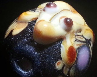 Beading Jewelry Supplies CLEARANCE SALe Black Tan Lampwork FROG Beads LOT 20