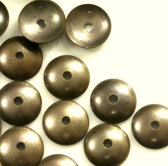 bead cap  200 Pcs Antique Brass Tone Brass 8 mm cone Circle tag middle hole Charms ,Findings 101AB-36