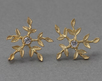 Flower Post Earring . Wedding Earring . Cubic Zirconia, 925 Sterling Silver Post . 16K Matte Gold Plated over Brass  / 2 Pcs - AC081-MG-CR