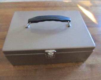 SALE!! Vintage Bronze Tone Metal Box