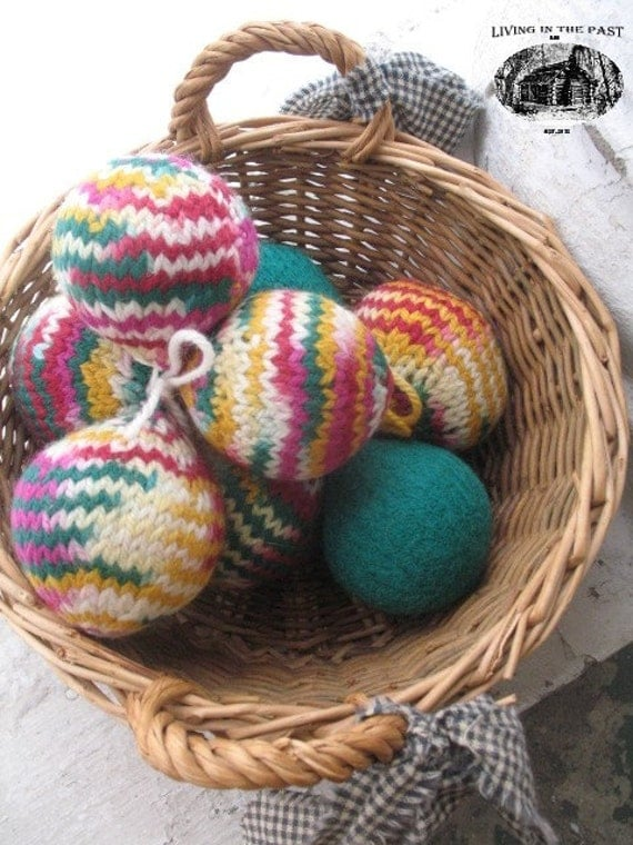 Knitting Pattern For Wool Dryer Balls : Hand Knit and Felted Wool Fabric Softening Dryer Balls