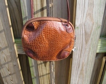 Vintage Brown Pebbled/Crocodile Embossed Italian Leather Lightweight Crossbody Bag
