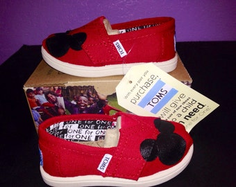 Toddlers - Red Disney Toms