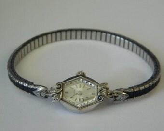 Vintage BULOVA 14K Solid Gold Diamond Ladies Watch