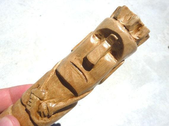roi de l 39 le de p ques figurine statue moai sculpt bois. Black Bedroom Furniture Sets. Home Design Ideas