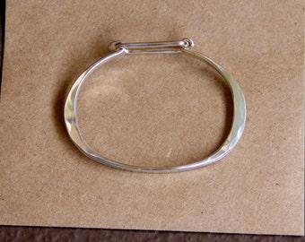 Sterling Silver Clasp Bracelet