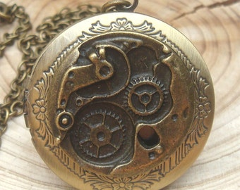 Antique Brass Mechanical Locket Necklace Victorian Jewelry Gift Vintage Style