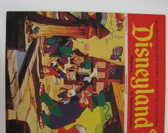 Disneyland Magazine for Beginning Readers