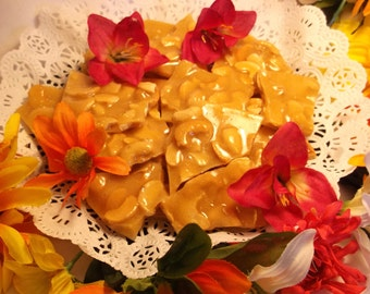 Cashew Brittle 8 oz, Half Pound, Fresh Cashews,Hand Poured,Old Fashioned,Wedding Party Favors, Special Gift,Homemade Candy, Handmade Brittle