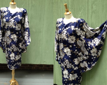 1980s, 1990s Floral silk Dress with Bat Wing Sleeves by Magistro, made in Italy, size 42, About a Modern  M to L