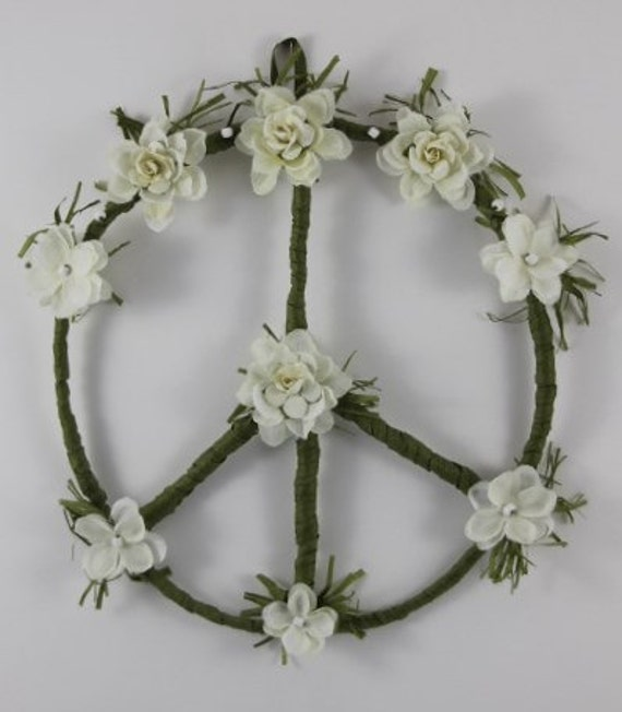 hippie peace sign wreath white flower peace wreath bohemian. Black Bedroom Furniture Sets. Home Design Ideas
