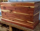 Cedar Chest, blanket box hope chest, toy chest, wood chest, coffee table cabin decorations, wedding gift, graduation gift, bedroom furniture