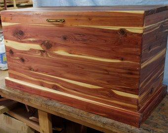 cedar chest blanket box hope chest toy chest wood chest coffee table