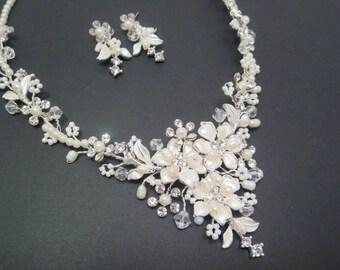 Wedding necklace set, Pearl necklace, Bridal necklace set, Wedding jewelry, Necklace and earrings, Freshwater pearl jewelry, Bridal jewelry
