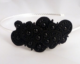 Black hairband in soutache and beads by MollyG Designs. Alternative weddings bridal accessory . Party hairband. Prom hair accessory.