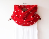 Red Heart Pattern Neck warmer, Chunky Cowl Scarf, Circle Scarf, Winter Scarf, Scarves, Fashion Accessories
