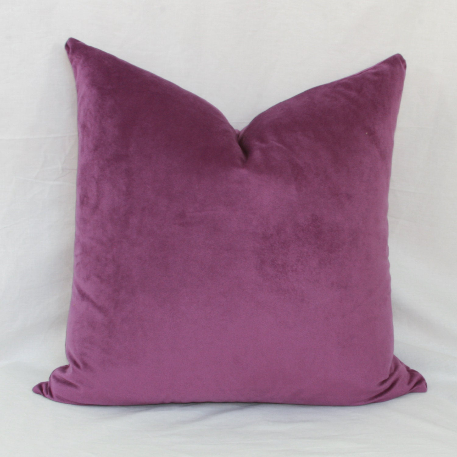 Purple velour decorative throw pillow cover. 18 x
