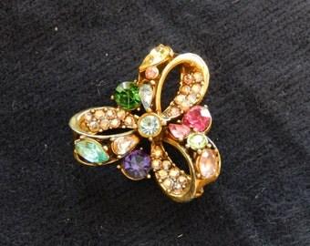 Hollycraft Pinwheel Brooch