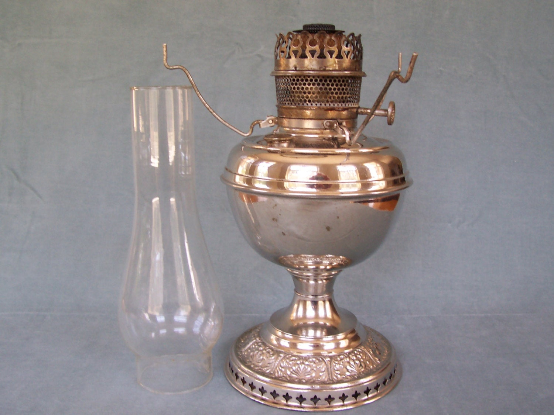 Antique Hurricane Lamp Oil Lamp Bradley And Hubbard Oil