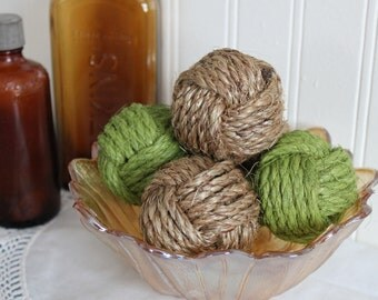 Rustic SPRING vase fillers - green and natural manila decorative rope ball - monkey fist knots - set of 5