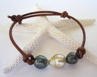 Tahitian Pearl Leather Bracelet, South Sea Pearl Bracelet, Leather and Pearl Bracelet, Black Pearl Leather Wrap Bracelet, Leather Jewelry