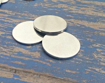 Aluminum 1 1/4 inch Round Stamping Blanks - 14G Aluminum