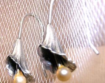 Beau Sterling Silver Lily Flower Earrings Pearl Detail